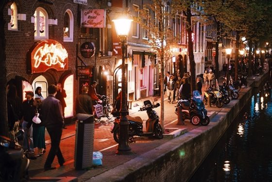 Amsterdam Red Light Tour District Amsterdam Coffee Shops Guided Tour
