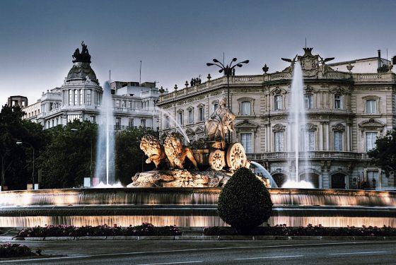 Palacio Real de Madrid + Old City Center Tour – Skip-the-Line Private Guided Combo Tour